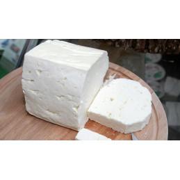 сирене смес от овче и краве...