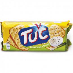бисквити солени ТUC лук и...